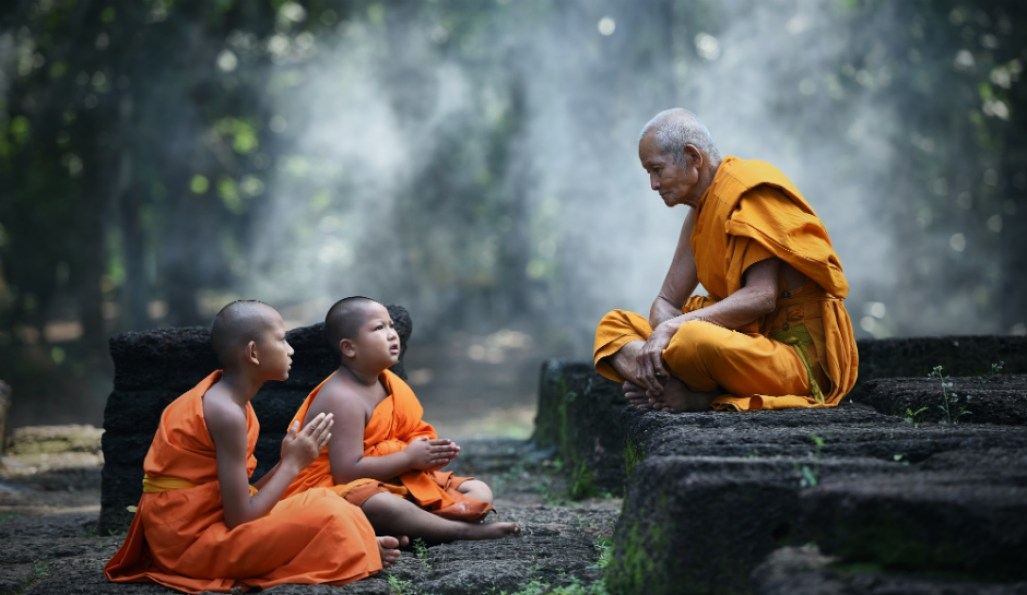 Monks Dhamma talk.jpg