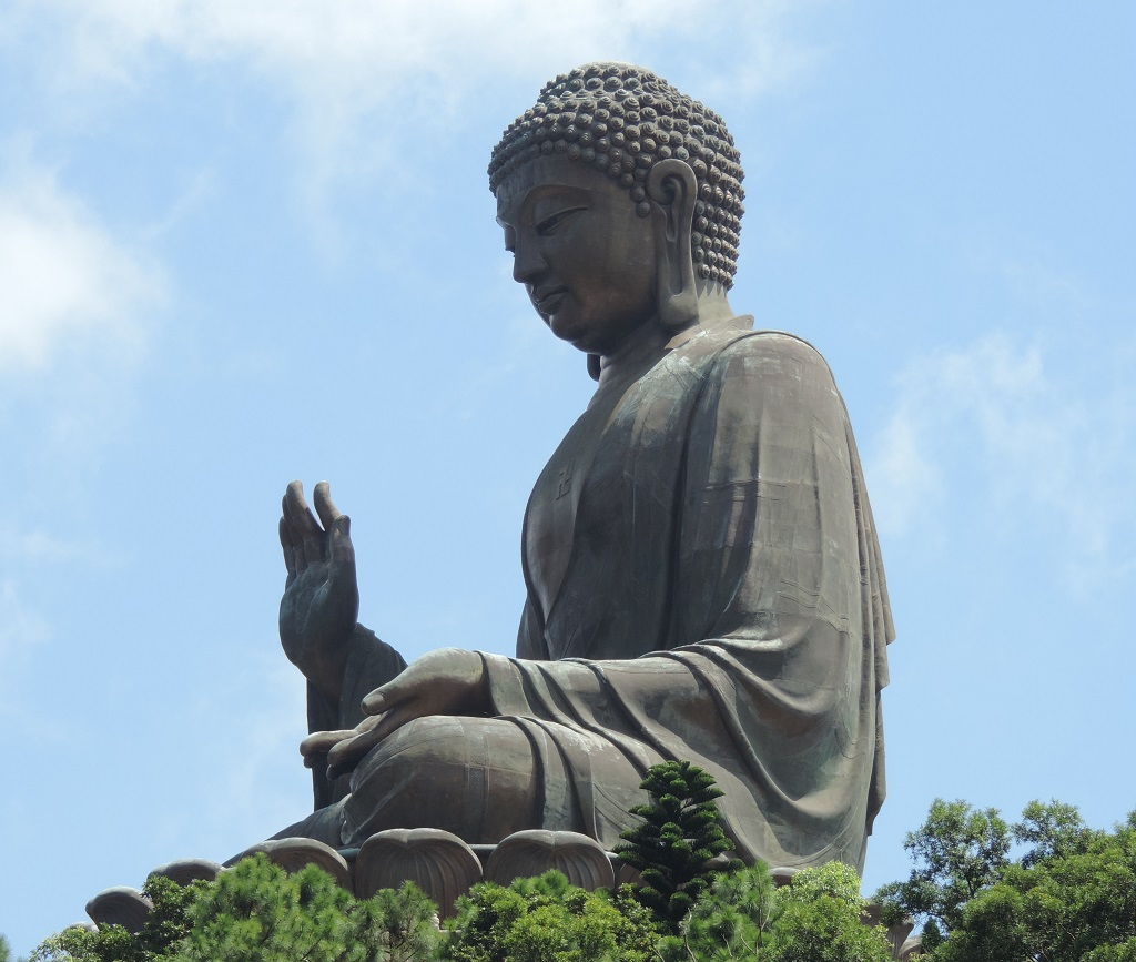 The_Big_Buddha_Hong_Kong_2013.jpg